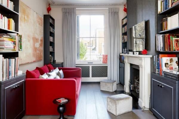 Как визуально расширить узкую комнату с помощью штор