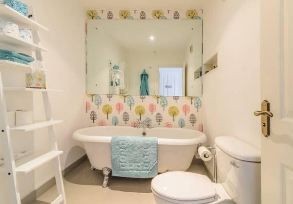 Как визуально расширить пространство в ванной комнате