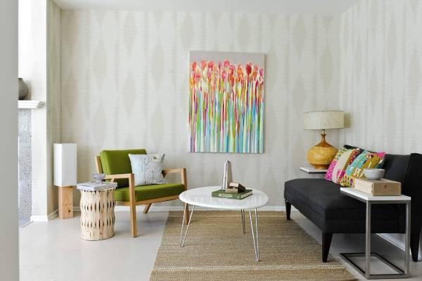 Как можно зрительно увеличить комнату с помощью обоев