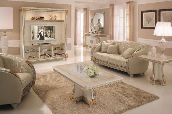 Классический дизайн гостиной с белой мебелью - фото