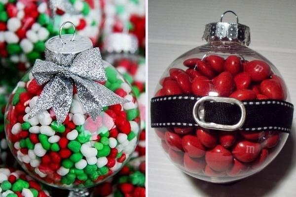 Шар новогодний с конфетами внутри - фото