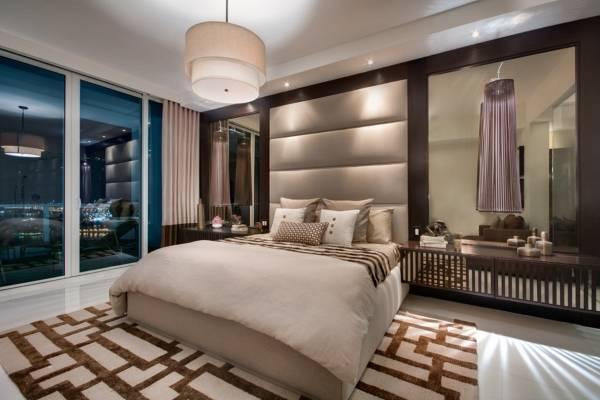 С чем сочетать коричневый цвет в интерьере - сиреневая спальня