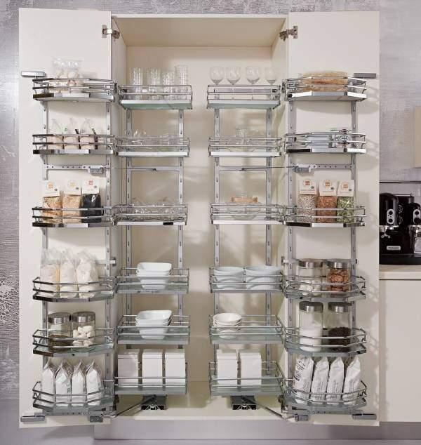 Оборудование для шкафа кладовки от Kessebohmer