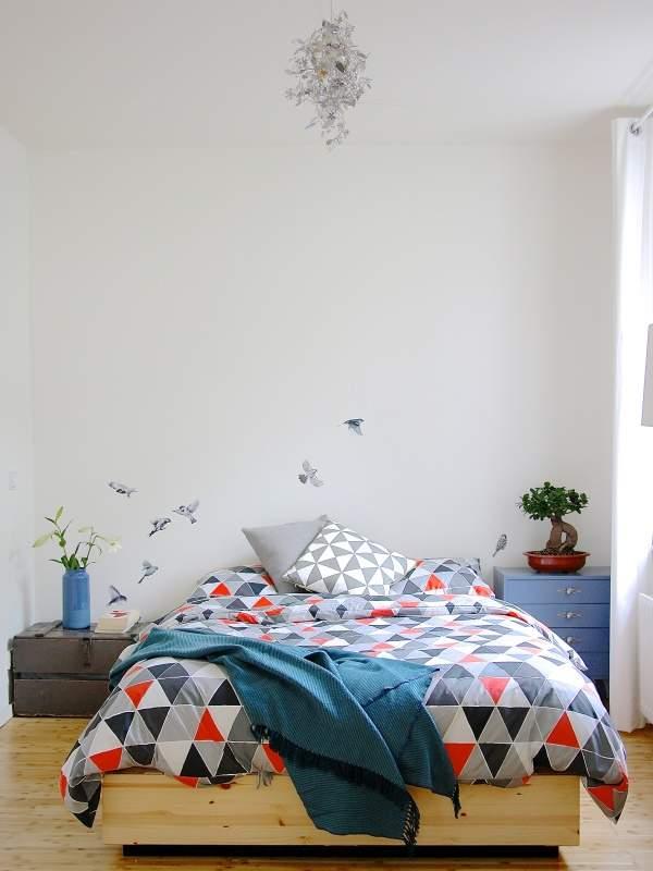 Виниловые наклейки на стену - порхающие птицы