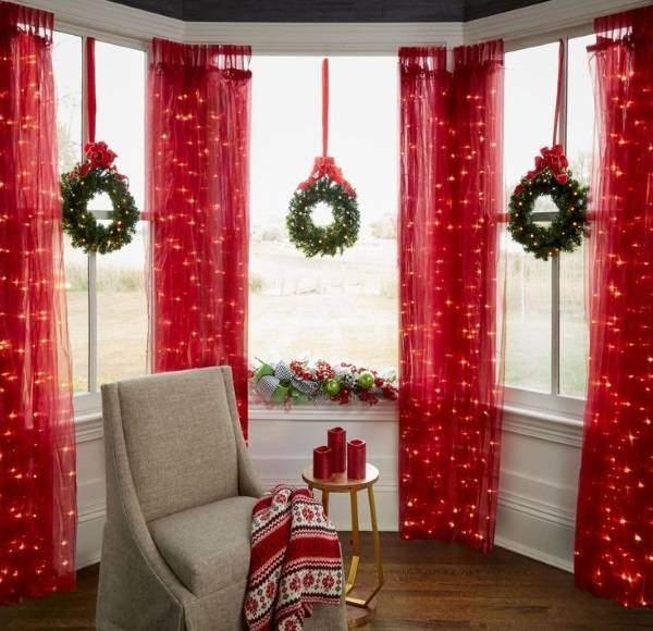 Елочная гирлянда светодиодная для украшения окна и штор