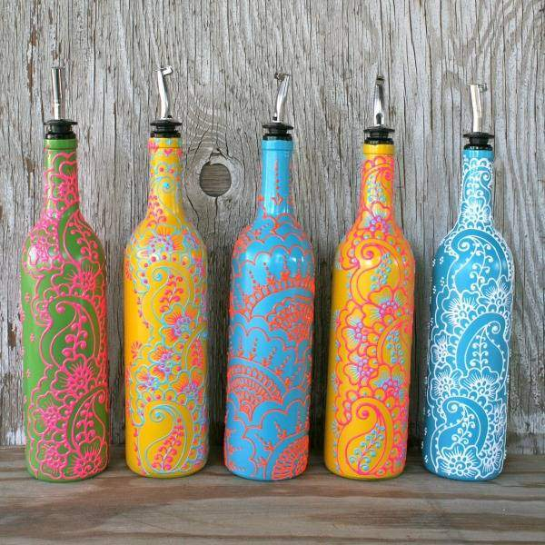 Вазы из стеклянных бутылок своими руками с ручной росписью