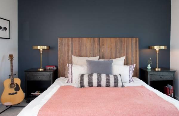 Модная спальня 2017 с декором в стиле ретро