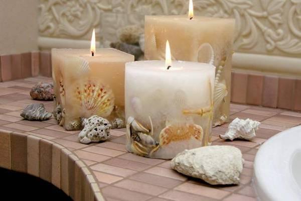 Свечи из ракушек - отличный декор для ванной