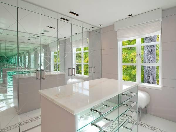 Зеркала в интерьере - как визуально увеличить маленькую комнату