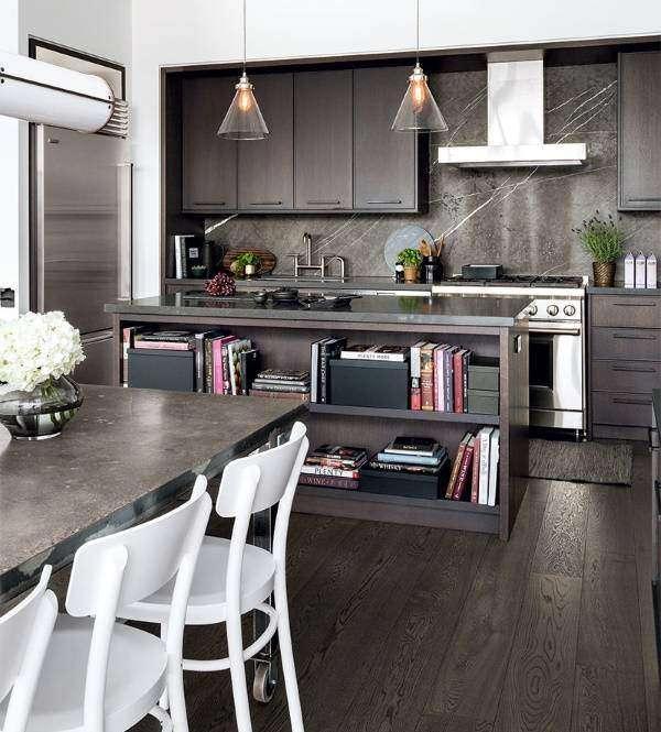Сочетание материалов и текстур в дизайне кухни