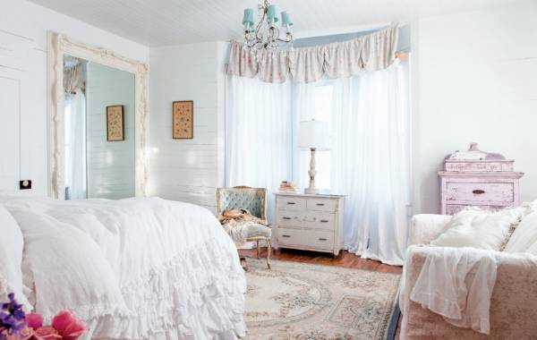 Мебели и декор в стиле шебби шик в интерьере спальни