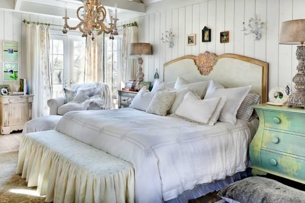 Спальня в стиле шебби шик с элементами прованс