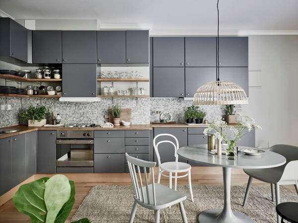 Дизайн кухни 2017 года в сером цвете