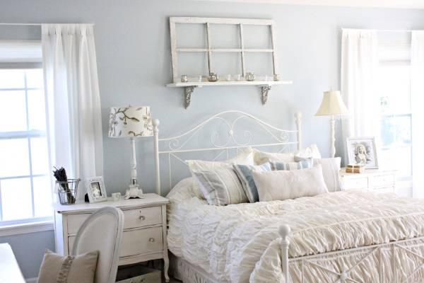 Голубая спальня в стиле шебби шик