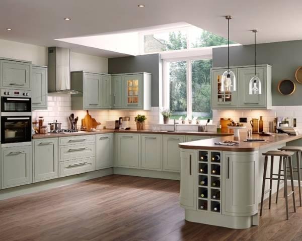 Угловой кухонный гарнитур с барной стойкой - фото в стиле прованс