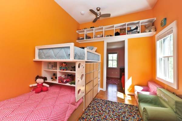Дизайн однокомнатной квартиры с двумя детьми - интерьер детской