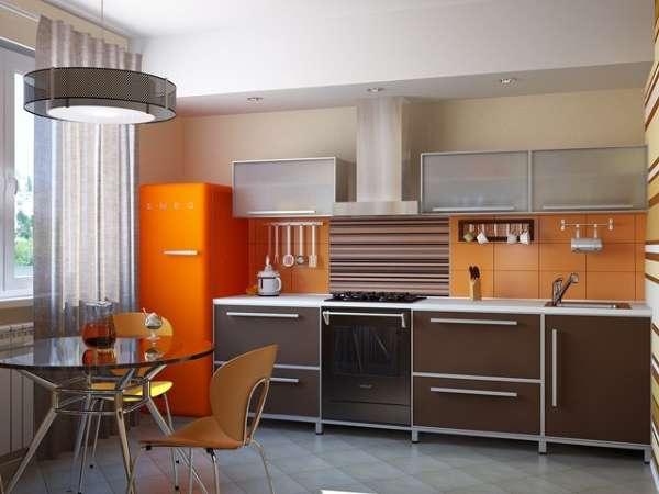 Современный интерьер столовой кухни в частном доме