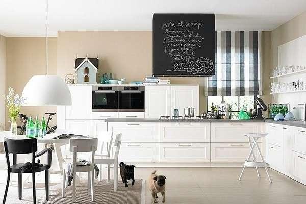 Дизайн интерьера кухни в частном доме - фото в черно белом цвете