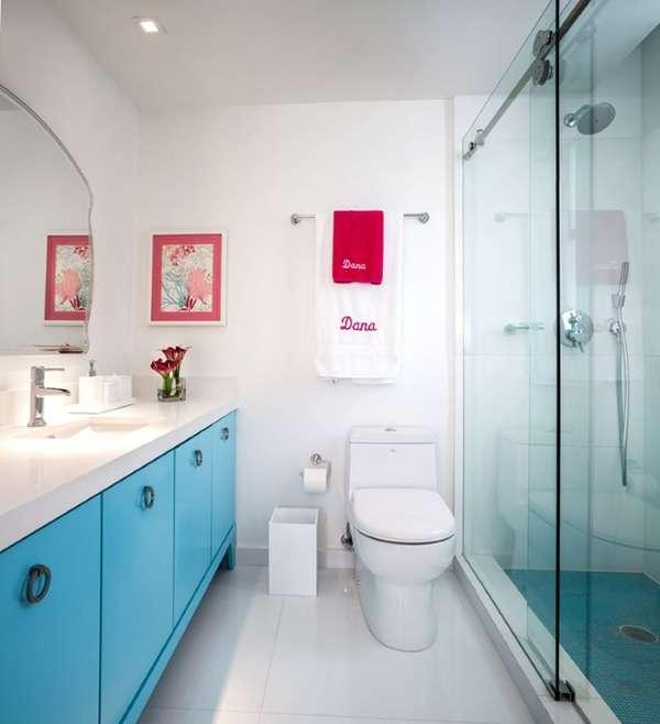 Раздвижные стеклянные двери в душ - фото в интерьере