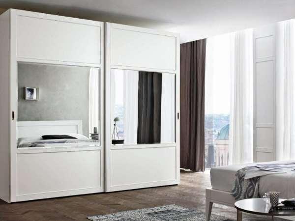 Белые шкафы купе в спальню - фото в дизайне интерьера