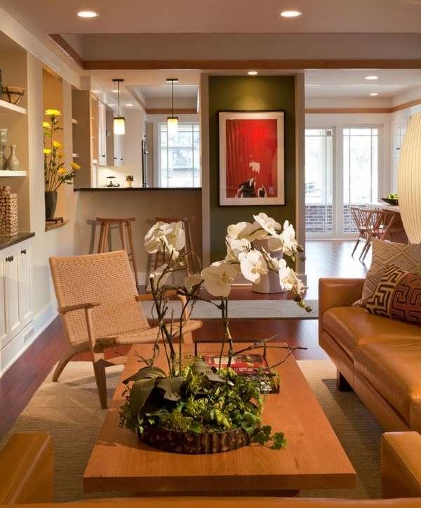 Фото кухни-столовой и гостиной в частном доме