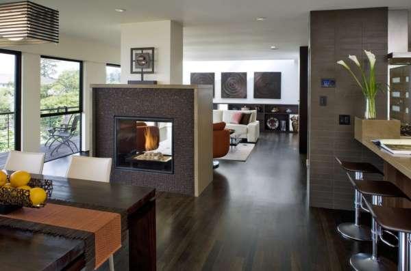 Дизайн совмещенной кухни гостиной с камином - фото 2017