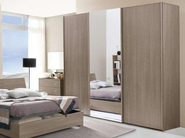 Шкафы купе в спальне - интерьер дизайн фото в современном стиле