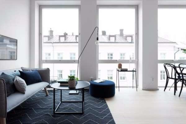 Маленькая квартира студия - дизайн интерьера гостиной комнаты на фото
