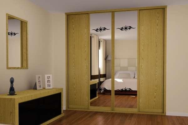 Зеркальные шкафы купе в спальню - фото в горчичном цвете