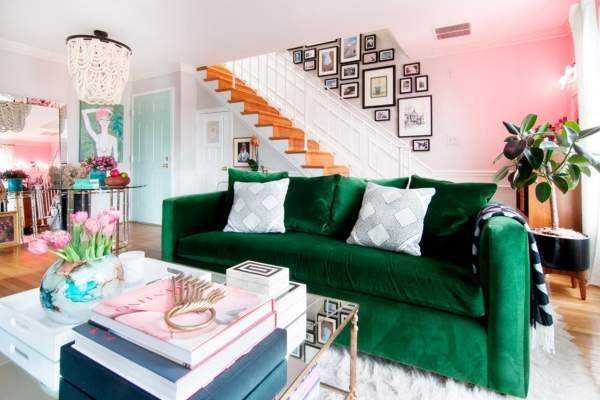 Красивый дизайн гостиной в частном доме - фото интерьера зала