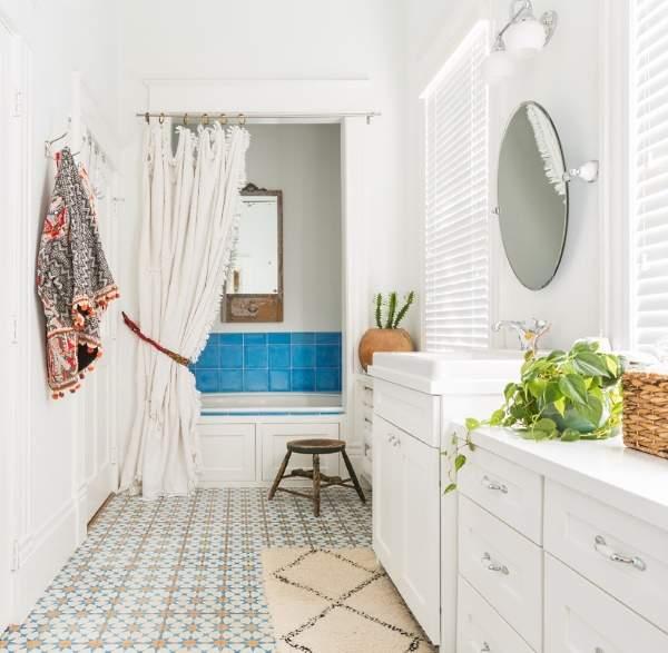 Красивые ванные комнаты - фото в стиле эклектика