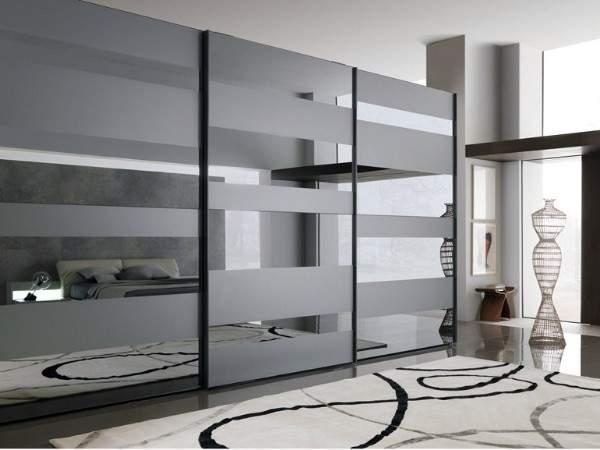 Идеи шкафа купе в спальне - современный дизайн с зеркалом