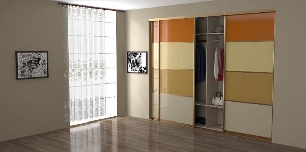 Встроенные шкафы купе - фото дизайн в спальню со стеклом