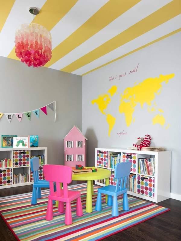 Сочетание ярких цветов в детской комнате