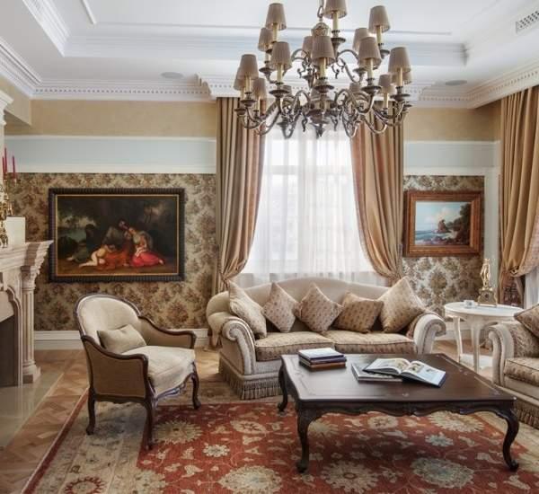Классический дизайн гостиной в интерьере частного дома - фото