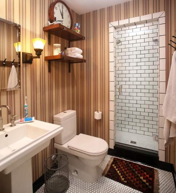 Красивая ванная комната - дизайн фото с обоями в полоску