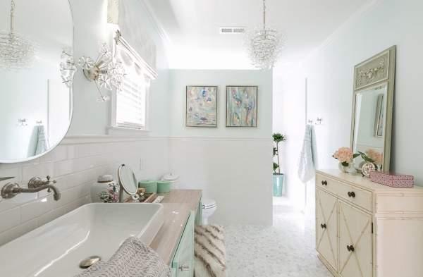 Красивый дизайн ванной комнаты в пастельных тона