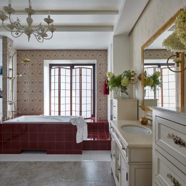 Самые красивые ванные комнаты - роскошный дизайн в красном цвете