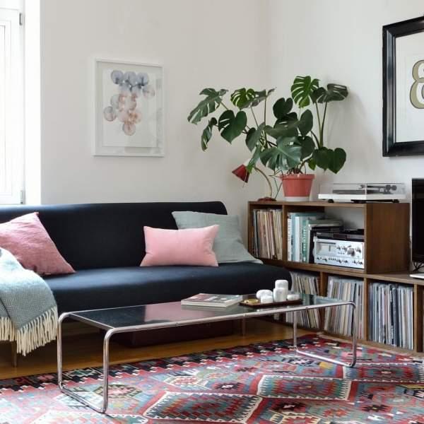 Модные тенденции в дизайне интерьера 2017 - столик в гостиной
