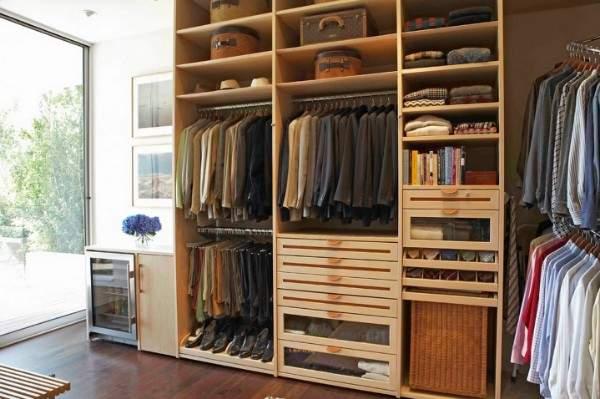 Шкаф купе в спальню - внутреннее наполнение и размещение отсеков
