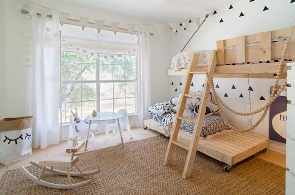 Детская комната в белом, бежевом и сером цвете