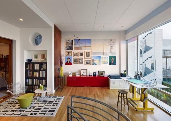 Как сделать второй этаж в частном доме - оформление площадки над лестницей