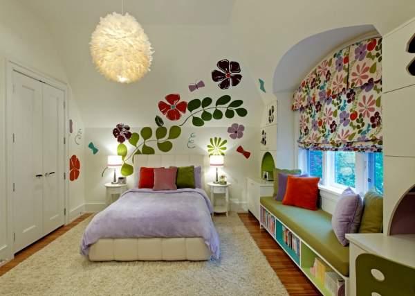 Выбираем цвет детской комнаты - разноцветный дизайн на фото
