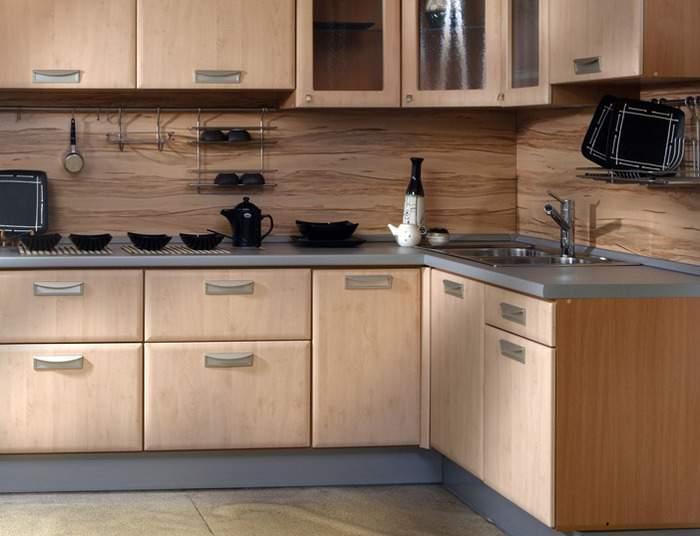 Декор стен деревом своими руками - панели в интерьере кухни