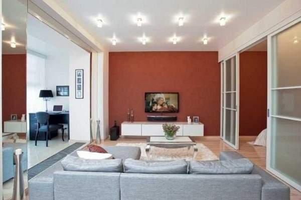 Дизайн двухкомнатной квартиры студии с раздвижными перегородками
