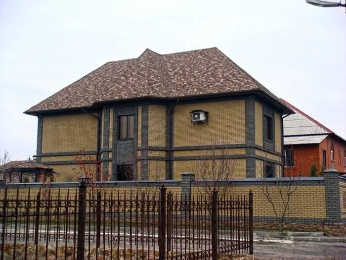Красивые фасады частных домов - фото облицовочного кирпича