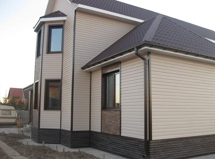 Сайдинг панели для фасадов частных домов - фото