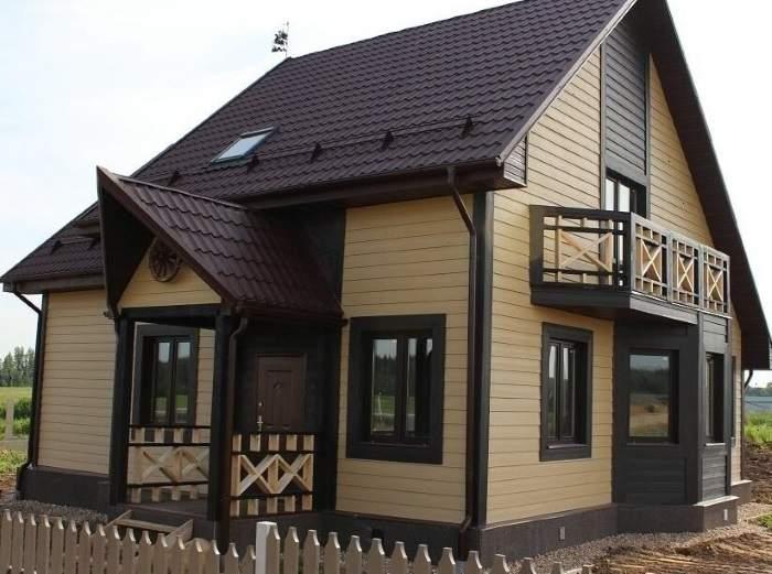 Как оформить фасад частных домов сайдингом