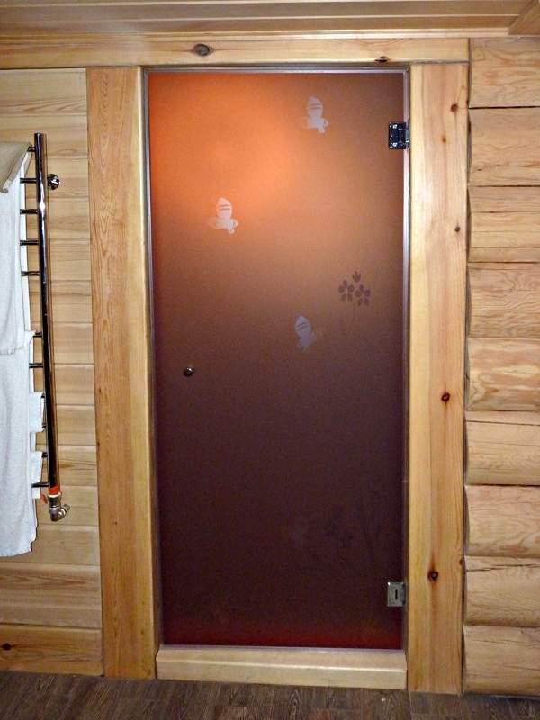 Выбираем качественные стеклянные двери для сауны и бани