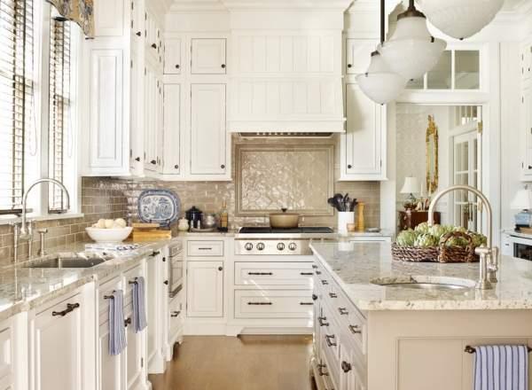 Кухни белые классика - фото оформления интерьера
